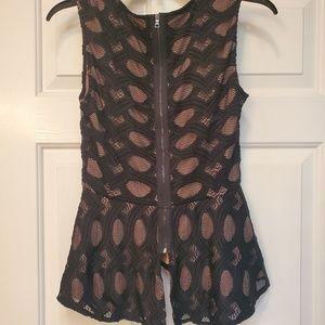 BCBGMaxAzria Tops - Bcbg peplum dressy zipper back sleeveless top